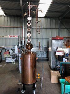 gin still, boiler, alcohol, ethanol, juniper, distillation column