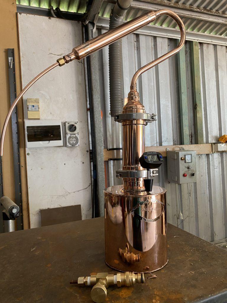 pot still, copper still, gin still, gin testing